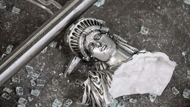 Закрыть Америку. Почему Штаты опускают железный занавес