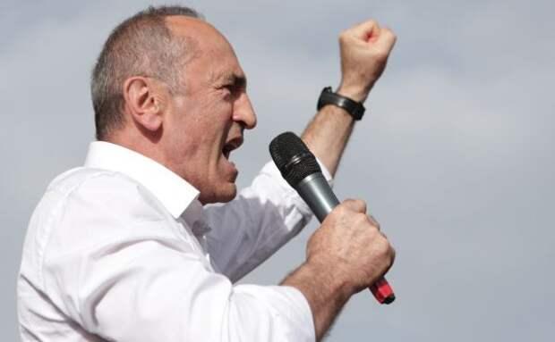 Экс-президент Армении заявил опровале политики действующей власти
