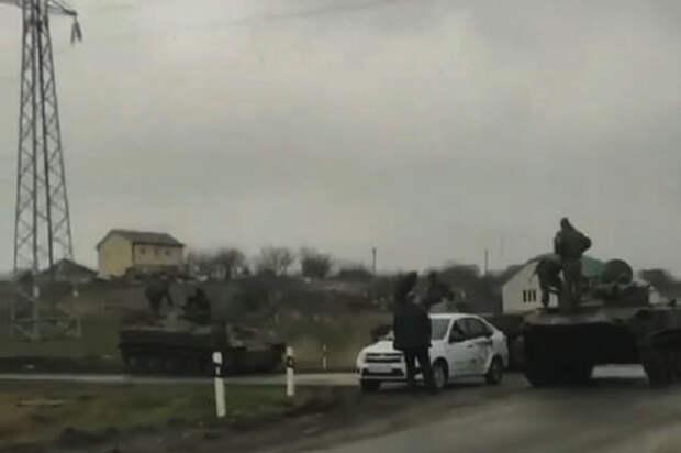 Обычное ДТП в России: Lada Granta против боевой машины
