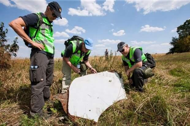 Останки двух пассажиров потерпевшего крушение рейса MH17 не были найдены
