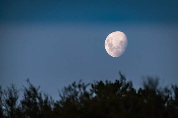 Россия отказалась от сверхтяжёлой ракеты для полётов на Луну