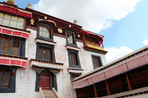 Монастырь Дрепунг