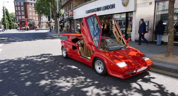 Lamborghini 18 мая представит ограниченный тираж Sian в честь пятидесятилетия Countach