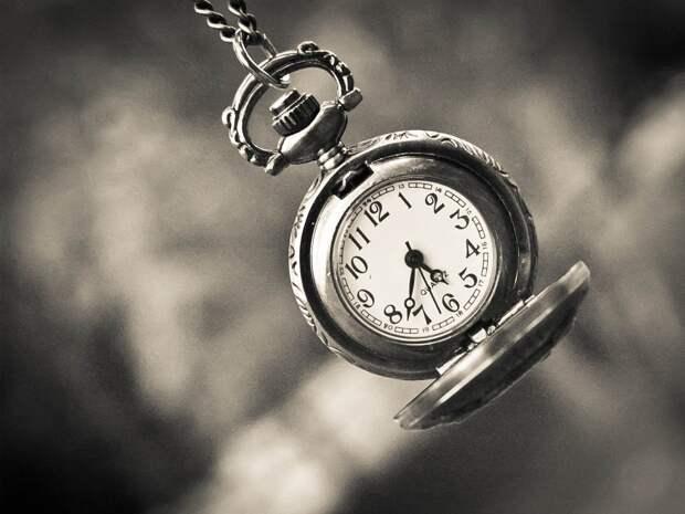 Как на самом деле ускоряется и замедляется Время