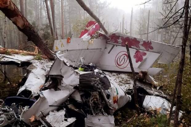 Самолет L-410 разбился в Иркутской области. Погибло 4 пассажира