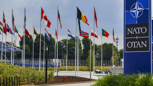 НАТО планирует выступить против развертывания ядерного оружия в Европе