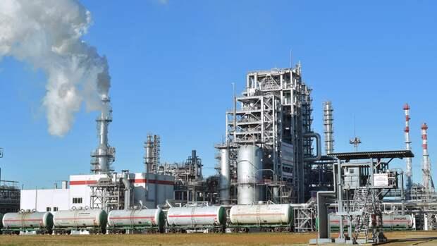 На2% нарастил ЛУКОЙЛ переработку нефти в2019 году