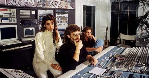 Какой секрет скрывался за появлением легендарной группы 90‑х «Enigma»