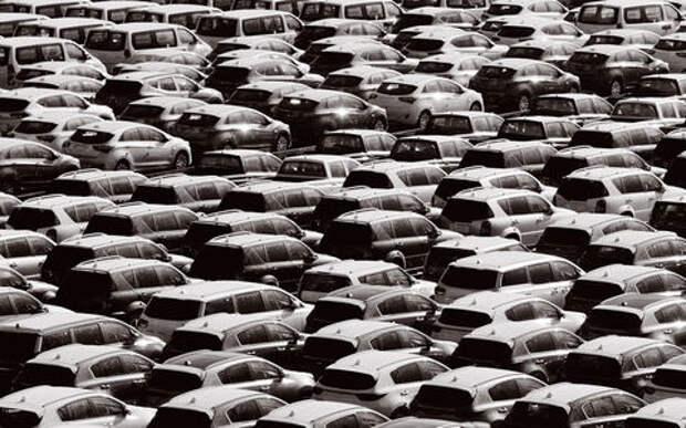 Мировой автопром в кризисе: продажи падают не только в России, но и в США, Китае, Бразилии и Индии