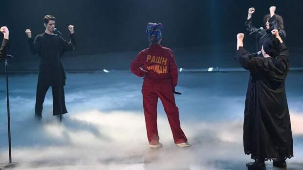 Manizha выступила с российскими женщинами в полуфинале Евровидения