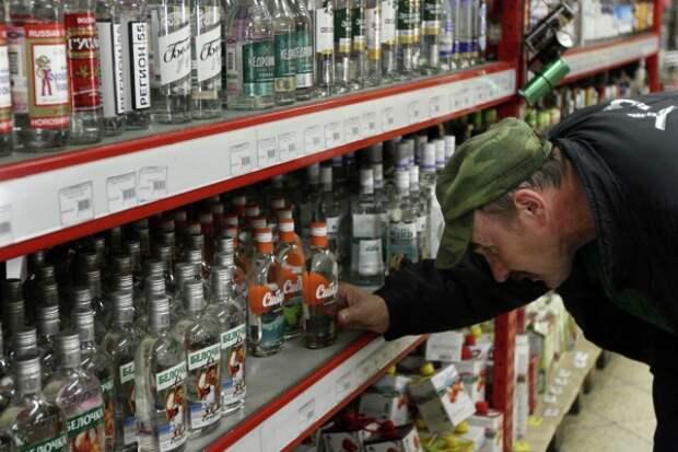 Психиатр назвал коронавирус причиной злоупотребления алкоголем