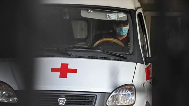 При стрельбе в казанской школе погибли шестеро детей и учитель