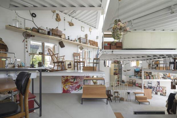 Самый странный дом в Японии: снаружи 2 этажа, внутри — 13