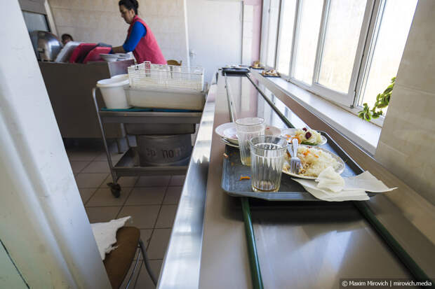 Чем кормят в столовой на Чернобыльской АЭС.