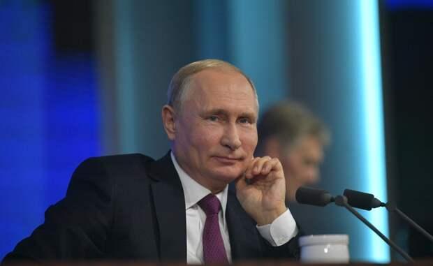 В Кремль дедушке: Путин признался, что внуки звонят ему прямо на работу