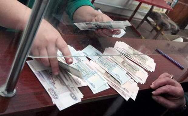 """М.Хазин: """"Минималка"""" в России должна быть 40 тысяч рублей"""
