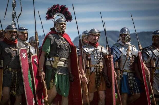 Легионеры сильно отличались.|Фото: pinterest.ru.