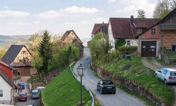 Эмигрант из России зашел в дом немецкого фермера и показал устройство изнутри
