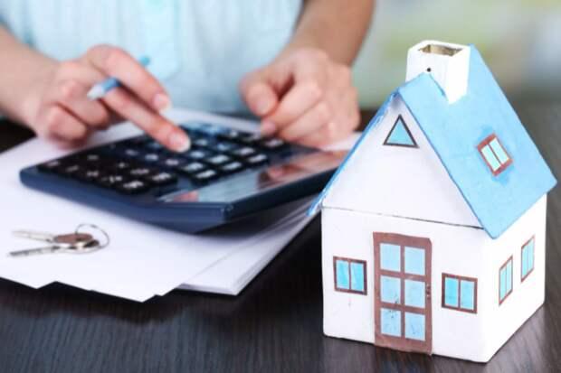 ЦБ допустил снижение рисков перегрева рынка ипотеки в РФ