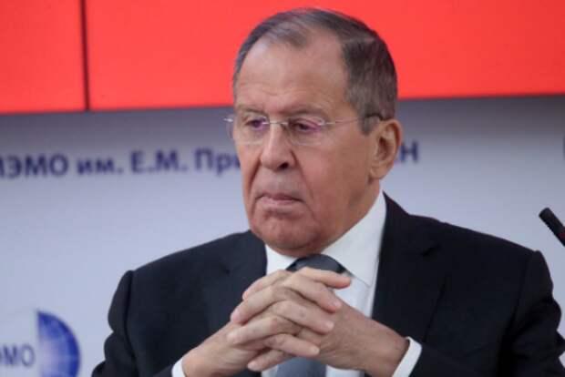"""Лавров: Путин не видит себя """"укротителем гадюшника"""""""
