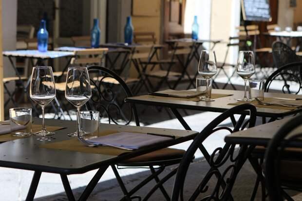 В Севастополе отменят арендную плату для кафе с летними площадками