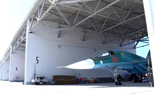 Военные самолеты России получат крышу над головой