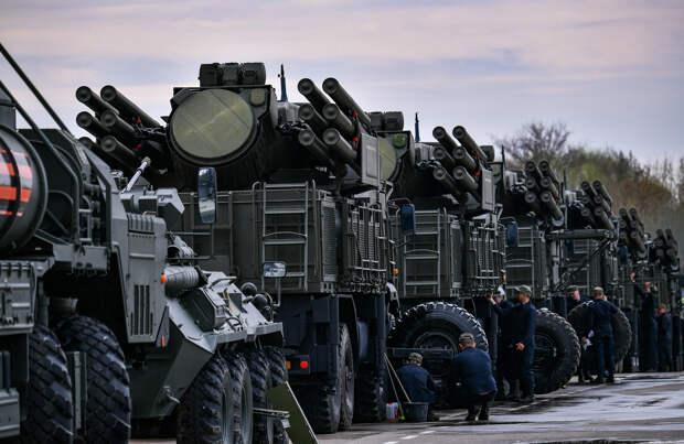 «Высокоэффективный комплекс»: почему в США считают российские ЗРПК «Панцирь» угрозой для своей авиации