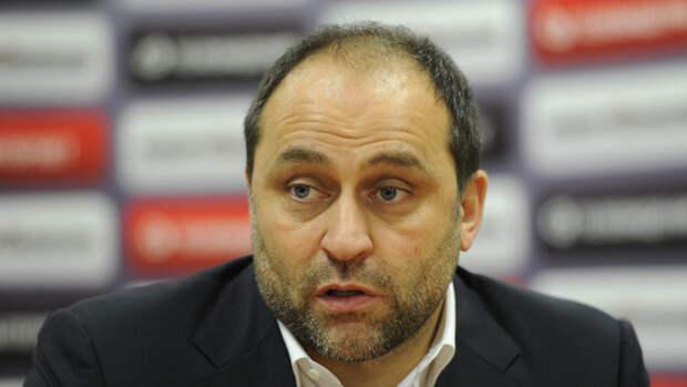 Свищев призвал перестать оскорблять игроков сборной России