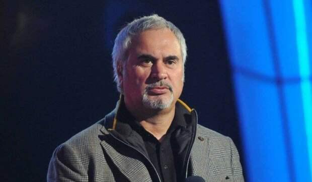 Меладзе призвал артистов к бойкоту новогодних программ