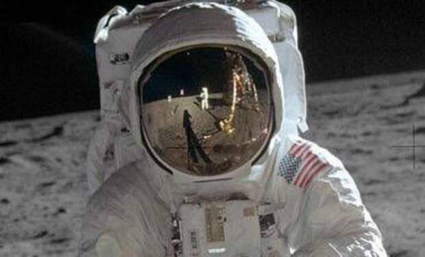 Правила жизни в космосе: НАСА опубликовали лунный кодекс