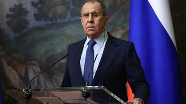 """Лавров пообещал Западу ответить на """"череду санкций"""""""