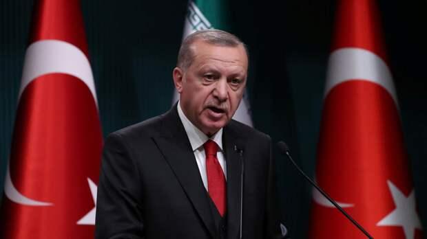 Эрдоган заявил о планах Турции остаться в НАТО