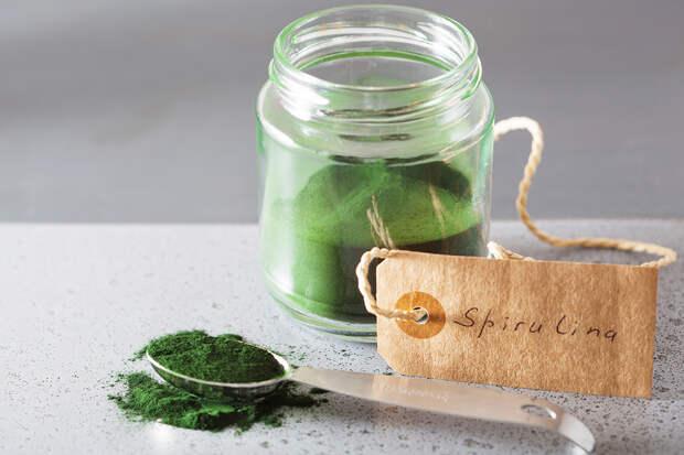 Спирулина: чем так полезен для здоровья этот зелёный порошок