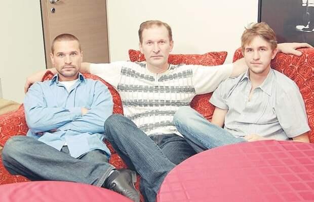 Федор Добронравов с сыновьями | Фото: womanhit.ru