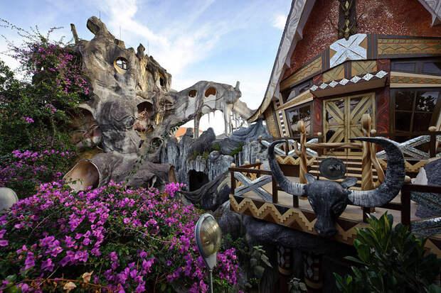 Удивительный дом Hang Nga во Вьетнаме. Фото