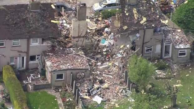 Взрыв бытового газа в Ланкашире разрушил три жилых дома