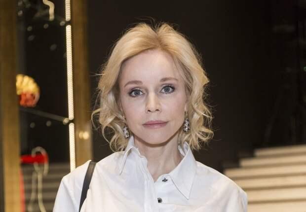 «Заново учусь ходить»: Марина Зудина о переменах после смерти Олега Табакова