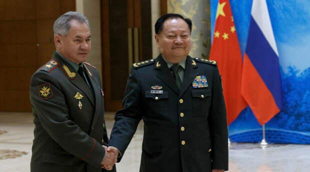 «Абсолютный кошмар». Китай предупредил США о катастрофе в случае противостояния с Россией