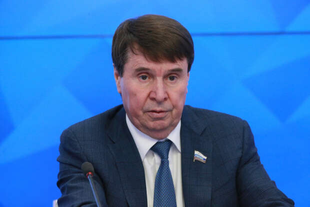 Сенатор от Крыма ответил Порошенко