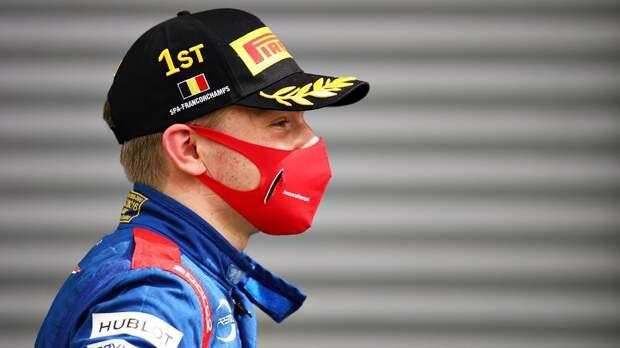 Шварцман финишировал четвертым в первой гонке нового сезона Формулы-2