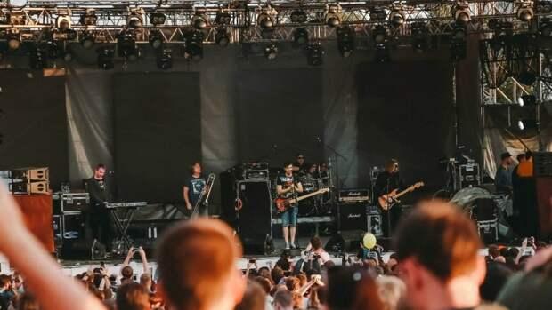 """Солисты """"Би-2"""" ответили фанатам, почему их не будет на фестивале в Серпухове"""