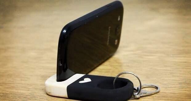 10 способов сделать подставку для смартфона своими руками