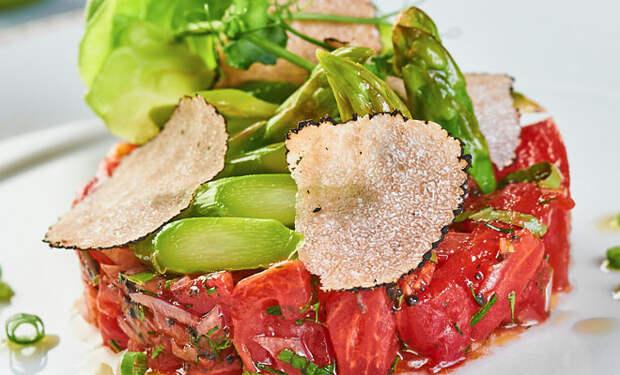 Закуска из помидоров: заменили овощной салат и не пожалели