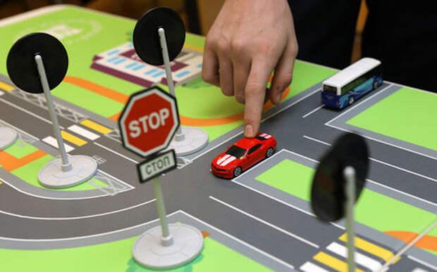 Предлагается проверять водителей на знание ПДД при замене прав