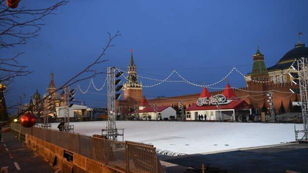Засчитают в отпуск?: Жителям России могут почти в два раза урезать новогодние каникулы
