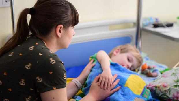 """Более 900 пациентов со спинально мышечной атрофией получили лекарства от фонда """"Круг добра"""""""