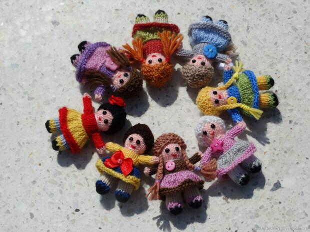 Куклы: Вязаные миниатюрные куколки, Куклы и пупсы, Липецк,  Фото №1