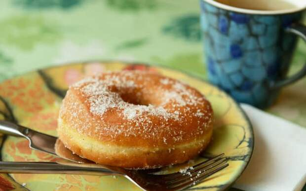 Кефирные пончики за 5 минут. Ароматная сладкая выпечка, детей за уши не оттащишь 1