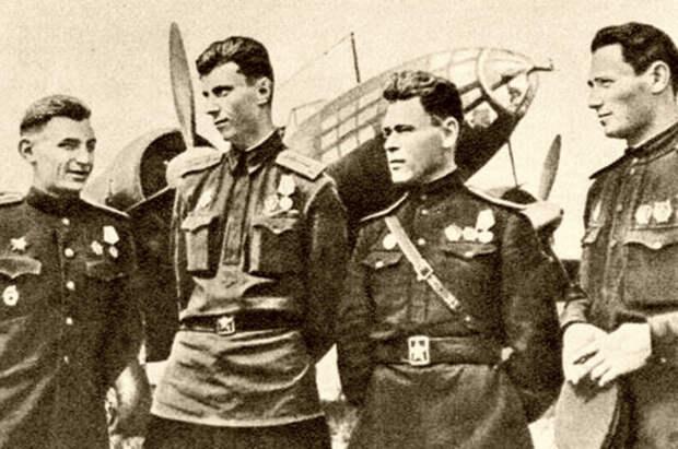 Легендарный командующий дальней авиацией Василий Решетников отмечает вековой юбилей