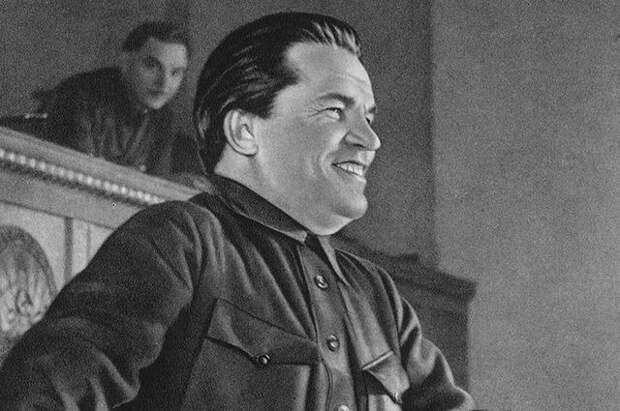 За что большевики арестовали Сергея Кирова в 1919 году